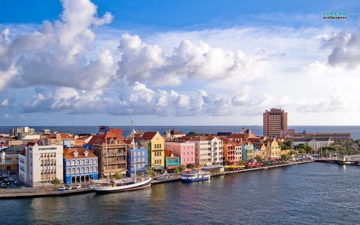 Curaçao, Plow!