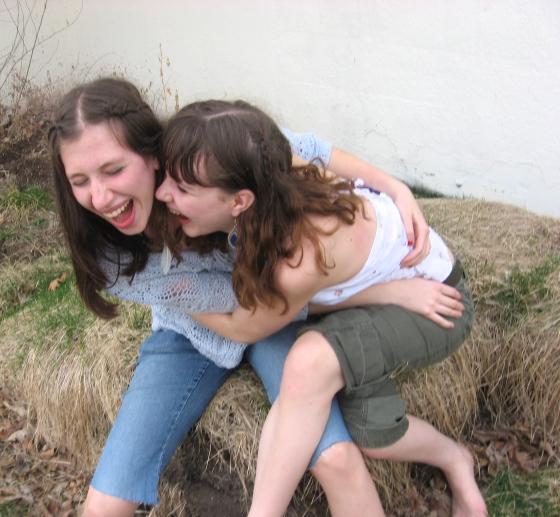 http://theblueegirl.deviantart.com/art/friends-laugh-together-51650874